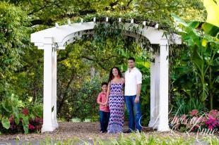 Family, Photo, norfolk, botanical gardens, arbor, garden, natural light, outdoors